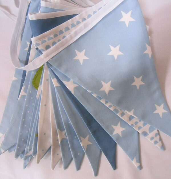 Bunting back with star cotton